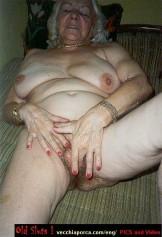 Granny Holes 17