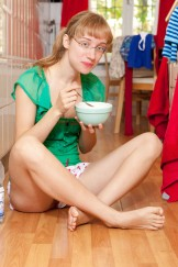 Gretchen – a playful sunday morning in the kitchen