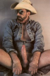 Cocked & Loaded – Cowboys