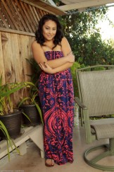Beautyfull round hairy latina Kiki