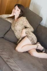 MA – Unshaven Fay posing