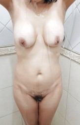 MY WIFE SAGGY TITS AND HAIRY..