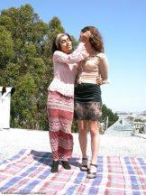 LAYLA & DHARA – CLASSIC LESBIAN