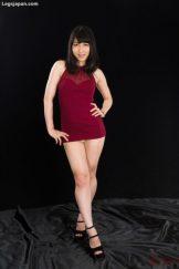 Japanese babe Reo Saionji opens her legs