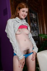Petite Lara Shows Her Hairy Bush