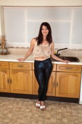 VANESSA – KITCHEN