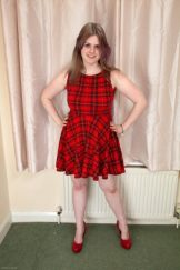 ZOE – MAD ABOUT PLAID