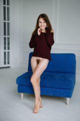 Hairy Beauties – SOFI – The Blue Sofa