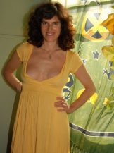 Hairy mature with great nipples – yellow window