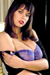 Jeanine Oldfield