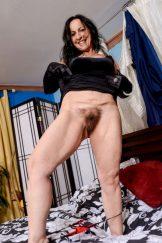 Nina Swiss Mature Hairy Tramp