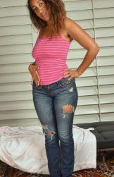 Beautiful ebony Scarlette Smith gapes