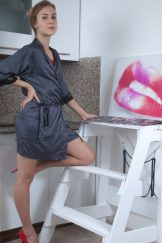 Alecia Fox gets fucked good after painting