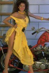Francisca – Yellow Dress
