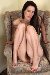 knees together showing fanny