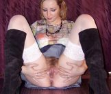 Amateur Blonde Wife