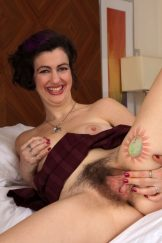 Mature Hairy Pie