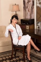 Nikita – The doctor is in :: MILF (Softcore)