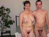 posing before sex