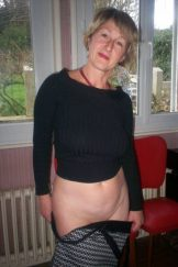 French married cuckoldress Giselle – With cucky and BBC