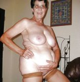 Granny shows everthing she got