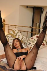 Mature Pantyhose and Nylon