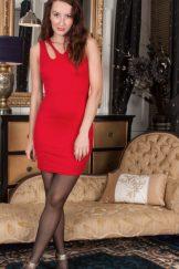 Sophia Smith – Red Dress :: MILF hairy
