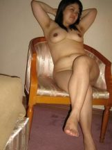 chubby aunt with hairy armpits