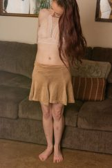 Hairy petite with sweaty pits – strips and spreads.