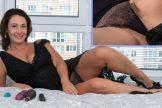 Gadget (Sara) – Black Dress Striptease :: MILF hairy brunette