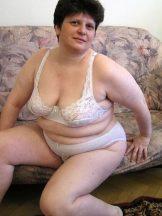 Chubby mature brunette Alina